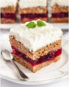 Ciasto z galaretką (Jaffa Cake) - I Love Bake Jaffa Cake, German Desserts, Sweets Cake, Cheat Meal, Polish Recipes, Food Cakes, Delicious Desserts, Cake Recipes, Cake Decorating