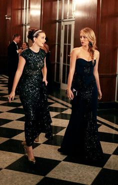 love the sparkly evening gowns as bridesmaid gowns, and Blake Lively's hair ♥