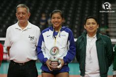 #AlyssaValdez of the Ateneo Lady Eagles reigns supreme once more as she was officially awarded the #MostValuablePlayer plum for the second consecutive season in the #UAAP Season 77 women's volleyball tournament on Saturday, March 14 at the Mall of Asia Arena.  #Filipina #Filipinas #NewFilipina #Pinay #Pinays #Pinay2015 #BagongPinay #FilipinaWomen #Pinaydotcom #Philippines