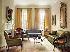 Living Room with Chippendale sofa and English Rococo Mirror