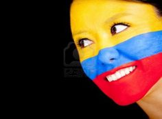 La Mujer Con La Bandera De Colombia Pintada En Su Cara - Aislados En Un Fondo Negro Fotos, Retratos, Imágenes Y Fotografía De Archivo Libres De Derecho. Image 13249466.