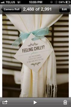 This is so cute for a winter wedding!