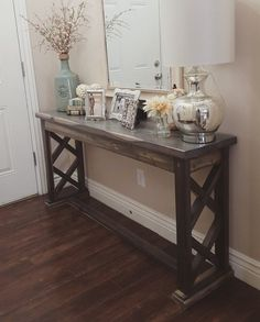 Love this entryway table!! In dark wood to match cabinets would be perfect ❤️❤️❤️