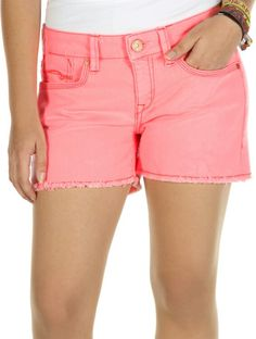 Roze broekje met gerafelde onderkant