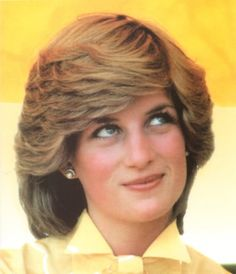 Princess Diana~ her skyward look.