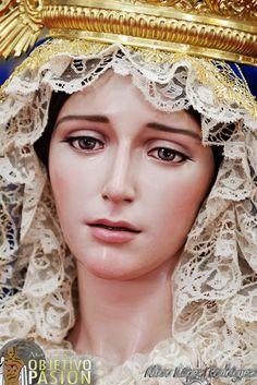 Estrella Madre de la Iglesia, Vélez-Málaga. Obra de Francisco Romero Zafra.