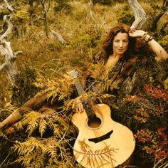 Sarah Mclachlan Most Beautiful People, Beautiful Songs, Sound Of Music, Music Love, Deep Auburn Hair, Depressing Songs, Sarah Mclachlan, Mezzo Soprano, Women In Music