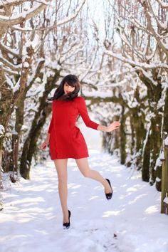 "Robe / Dress : Vivetta, chez CANCAN  Chaussures / Shoes : Charlotte Olympia  Rouge à lèvres: Dior "" Diorific 014 Dolce Vita"""
