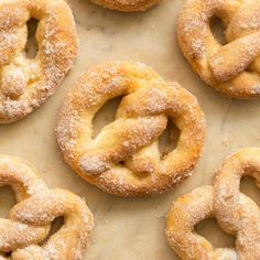 No eggs, no butter and no yeast needed- No fancy mixers! Just one bowl and 20 minutes! Soft, fluffy and delicious. Easily made vegan, gluten free and dairy free. Cinnamon Sugar Pretzels, Soft Pretzels, Cinnamon Rolls, New Recipes, Sweet Recipes, Starter Recipes, Healthy Recipes, Skinny Recipes, Delicious Recipes