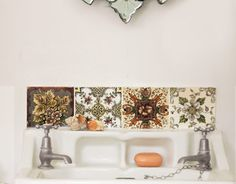 classic sink and bathroom tile