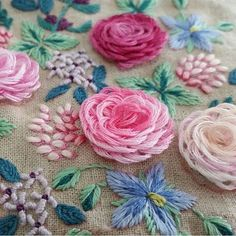 In this Hand Embroidery Tutorial you will learn how to stitch Flower Patterns by hand on any clothes. You can start with own style of pattern and flowers are beautiful crafts for you to make. Sewing Stitches, Hand Embroidery Stitches, Silk Ribbon Embroidery, Crewel Embroidery, Hand Embroidery Designs, Embroidery Techniques, Embroidery Needles, Embroidery Ideas, Floral Embroidery