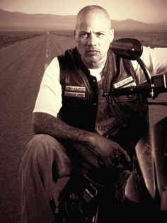 Sons of Anarchy - Happy, SAMCRO, SOA, great tv, portrait, powerful face, intense eyes, strong, portrait, photo b/w