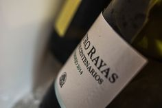 https://flic.kr/p/zPGN9q | Amazing white wine from Spain - Quatro Rayas