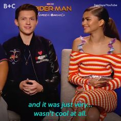 Zendaya and Tom Holland have an adorable friendship! Zendaya and Tom Holland have an adorable friendship! Avengers Humor, Funny Marvel Memes, Dc Memes, Marvel Jokes, Zendaya Coleman, Marvel Actors, Marvel Avengers, Tom Holland Zendaya, Tom Holand