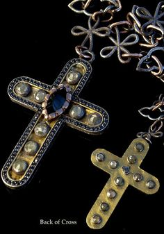 This beautiful cross necklace by Sevan Bicakci features a 24k yellow gold and…