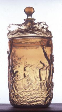 Opal glass beaker - Buquoy