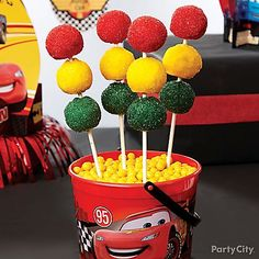 Stop them in their tracks with Cars Sparkly Stop Light cake pops! These easy no-bake treats are just what every pit crew needs after a long day of partying!