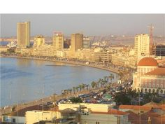 A city of expatriates is Luanda, the Angolan capital ( according to a study conducted by Mercer ). Lonely Planet, Uganda, Angola Africa, Wonderful Places, Beautiful Places, All About Africa, Equador, African Countries, Vacation Destinations