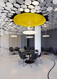 DER SPIEGEL canteen | more on: http://www.pinterest.com/AnkAdesign/office-buldings-design/