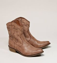 Shop Boots for Women at American Eagle. Browse our selection of booties, mid calf boots, knee high boots, winter boots and more in a variety of sizes and colors. Short Cowgirl Boots, Ankle Cowboy Boots, Mid Calf Boots, Short Boots, Cute Shoes, On Shoes, Me Too Shoes, Shoes Sandals, Luxe Boutique