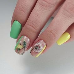 What Christmas manicure to choose for a festive mood - My Nails Manicure, Diy Nails, Cute Nails, Yellow Nails Design, Yellow Nail Art, Simple Nail Designs, Nail Art Designs, Summer Nails, Spring Nails