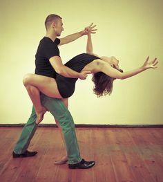 #SalsaCubana, #Bachata, #Merengue... Disfruta de #BailesLatinos en #Ocioscul, todos los Miércoles Bailes Latinos en pareja de 20:30 a 21:30, los Sábados Baile Latino iniciación de 19:30 a 20:30, Domingos Bailes Latinos medio de 18:00 a 19:00 e iniciación de 20:10 a 21:10 y los Martes Bailes Latinos avanzados de 21:00 a 22:00.