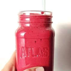 My favourite #smoothie recipe: 1/2 medium-large #beet, 1/2 ripe avocado, 1 frozen banana, handful of frozen berries, 1 scoop protein shake mix, maybe some Trader Joe's green powder, ~2 tbsp lemon juice, 1/2 cup coconut water, 2 large ice cubes. Into the #Vitamix it goes…fills a 20 oz. #Mason jar perfectly. Serve with a cute straw and feel great all day! I make this all the time lately, and one time I painted my nails for this picture. Vitamix Recipes, Smoothie Recipes, Vegan Recipes, Juice Smoothie, Smoothies, Healthy Snacks, Healthy Eating, Kiss The Cook, Green Powder