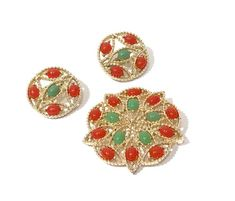 Sarah Coventry Acapulco Brooch Earring Set Jade And Carnelian Glass Cabochons  Mid Century Gold Tone Textured Clip On Earrings Vintage 1960s