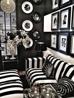 Love the combination of Bold Stripes, round mirros and square frames, with a hint of silver sparkle #InAnyEventNY
