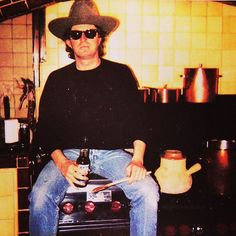 Chef #donhenley is ready to help with the turkey.