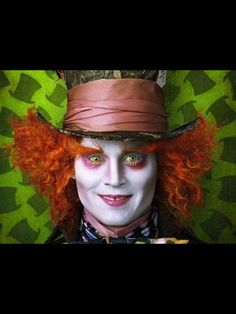 JOHNNY DEPP - Alice in Wonderland.