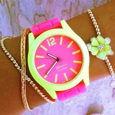 Love the color! Trendy Watches, Cute Watches, Neon Jewelry, Jewelery, Neon Accessories, Fashion Accessories, Ring Watch, Bracelet Watch, Mochila Adidas