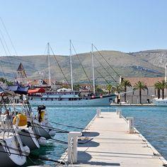 Beliebtes #Segelrevier im #Mittelmeer: #Trogir in #Kroatien #Segelurlaub #Segeltörn #Segeln #Familienurlaub #Abenteuer
