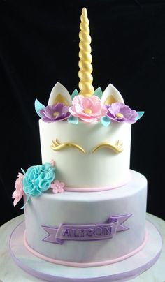If You Are Shopping Online In Queens NY For Custom Birthday Cakes Youve Come To The Right Place