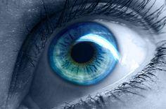 BEHIND BLUE EYES - Moïcani-L'Odéonie