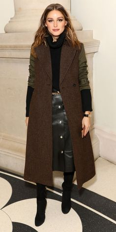 Olivia Palermo gave us a lesson in layering, wearing a turtleneck underneath a miltary-inspired coat. A leather skirt, leopard belt, and suede boots finished off her outfit Look of the Day Ayu Nurnida Kemala etreenfleurs swap style Olivia Palermo g Olivia Palermo Outfit, Style Olivia Palermo, Olivia Palermo Lookbook, Streetwear Mode, Streetwear Fashion, Fall Winter Outfits, Autumn Winter Fashion, Fall Fashion, Love Fashion