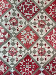 French General Chateau Rouge Day in Giverny Quilt Kit with Pattern by This & That Patterns