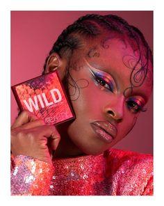 Tennesse, Smokey Eyes, Makeup News, Gold Palette, Flat Brush, Huda Beauty, Eyeshadow Palette, Color Combos, Halloween Face Makeup