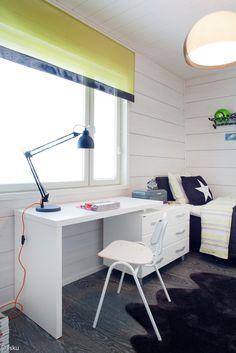 lastenhuone,makuuhuone,työhuone,lastenhuoneen sisustus,työtuoli,työpöytä,koululaispöytä,koululaisen huone,koululaistuoli