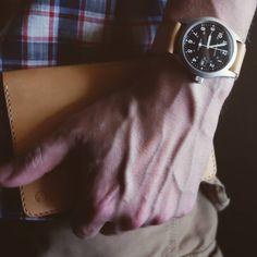 #realleather #handmade #handstitching #handmadecreations #instacamera #pictoftheday #edc #pilotpen #japan #parkerpen #jotter #notebook #pen #ballpoint #minimal #leathercase #pensil #moleskine #fieldnotes #notebookcover #vachetta #takemewithyou #hamilton #khaki #mechanical #watchoftheday #military #wristshot #wristporn #wriststrap