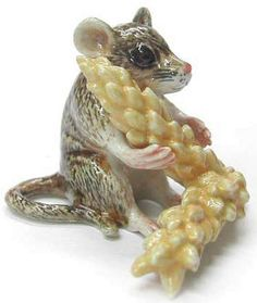 Harvest Mouse $6.99 adorable, high-quality porcelain miniature animal