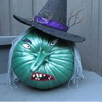 Trick or Treat > How to make a witch pumpkin.