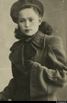 Hiuaz Kairovna Dospanova a WWII Soviet Pilot flew over 300 combat missions [433 × 663] 1942-45