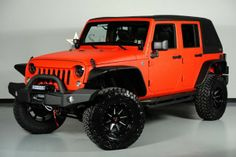 2014 Jeep Wrangler. Black and Orange! Must be a Beavers edition wrangler!