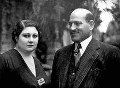 الزعيم الوفدي مصطفى النحاس وزوجته زينب هانم الوكيل