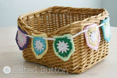 Bike Basket Bunting step by step tutorial, adore this: thanks so for sharing with us xox