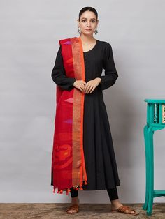 Buy Handcrafted Woven Banarasi Dupatta Online - The Loom Churidar Designs, Kurta Designs Women, Blouse Designs, Dress Indian Style, Indian Wear, Indian Suits, Ethnic Fashion, Indian Fashion, Silk Anarkali Suits