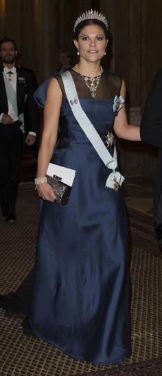 ¡Puesta de largo! Las 'royals' lucen sus mejores vestidos - Foto 1