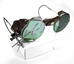 Steampunk wire goggles