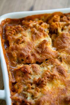 Nudelauflauf mit Schinken Yummy Pasta Recipes, Great Recipes, Recipe Ideas, Pesto Pasta, Snacks, Lasagna, Tasty, Ethnic Recipes, Food